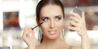 Schitteren met je eigen make-up